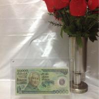 Frame acrylic uang kertas atau foto