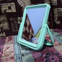 cermin dandan makeup make up gantung miror kaca