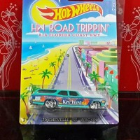 DIECAST HOT WHEELS '70 CHEVELLE SS WAGON HW ROAD TRIPPIN CARD
