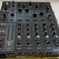 Behringer DJ Mixer Djx750