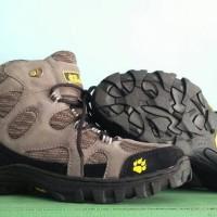 Sepatu Gunung Hiking Trekking Boots JWS not rei eiger snta delta