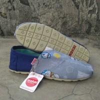 Jual Sepatu Slip On Wakai Biru Doraemon Unisex Cewek Cowok Grade Original Murah