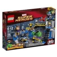 NEW SEALED LEGO Superheroes 76018 Hulk Lab Smash