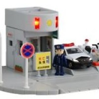 NEW TAKARA TOMY TOMICA TOWN Scene Police station Koban from Japan F/S