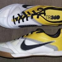 sepatu futsal nike CTR360 LIBRETTO II IC original