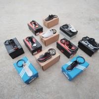 Solexchain - 3D Sneakers Keychain ( NMD , Yeezy V2, Air Jordan )