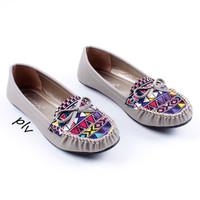 Jual Sepatu Flat Shoes Flatshoes Wanita Etnik Gratica RJ43 Abu Murah