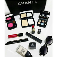 CHANEL PALLETE MAKE UP