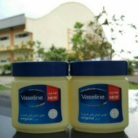 Jual Vaseline pure petroleum jelly (120 ml), original made in ARAB Murah
