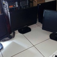 MONITOR PC SECOND 16 Inch Murah