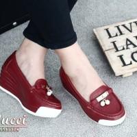Sepatu GUCCI Seri 111