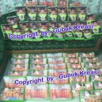 Jual souvenir ultah bantal foto wisuda medium/souvenir promosi perusahaan Murah