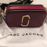 marc jacobs snapshot berry