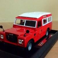 1:24 Diecast Miniatur Mobil Klasik Land Rover Defender Long KLASIK