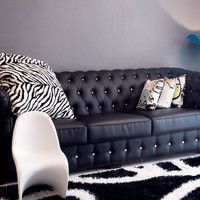 Sofa Kancing Elegant