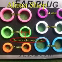 Anting Piercing Plastik Warna / Anting Pirsing Pria / Ear Plug