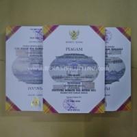 Cetak Piagam / Sertifikat Linen + Poly Emboss Garuda Emas