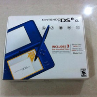 Nintendo DSi XL Midnight Blue