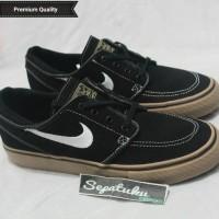 Sepatu Nike SB Zoom Stefan Janoski Black Gum - Premium Quality