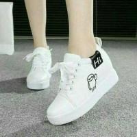 Kets Wanita White Ww04 / Sepatu Ket / Sneakers / Boots / Sepatu Boots