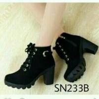 Harga sepatu boot b44 sepatu wanita sepatu boots sepatu panjang   WIKIPRICE INDONESIA
