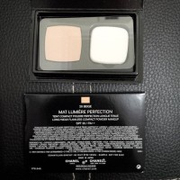 Chanel Mat Lumiere Perfection #20Beige -- TRAVELSIZE