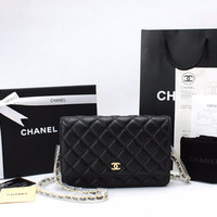 Kualitas Tertinggi Clutch Chanel WOC Quilted Caviar Hitam GHW SCA31508