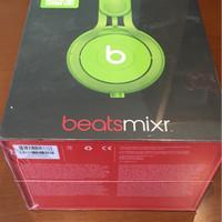 ORI beats MIXR by Dre - neon green