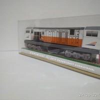 Papercraft Lokomotif CC 206