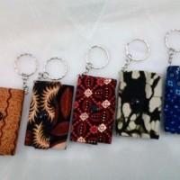 Gantungan Kunci Mobil Dompet Batik Khas Jogja Souvenir Pernikahan