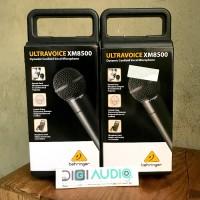 BEHRINGER XM 8500 Dynamic Microphone Karaoke / Vocal / Recording etc.