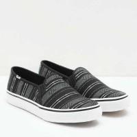 Jual Shoes Keds KDZ-WF56679-DOUBLE DECKER BAJA STRIPE Black Women by Keds Murah