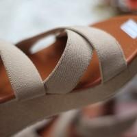 TERLARIS Sandal Wedges Wanita Karet SDW217 TERMURAH