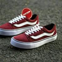 Jual Sepatu Vans Old School Merah Maroon List Putih For Men Barang Impor  Murah a41b66cdab