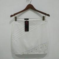 ROK putih gading SIZE:L