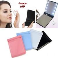 Jual Cermin Rias Wajah Portable Dilengkapi Lampu LED Murah