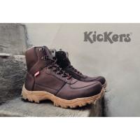 Jual Sepatu Casual Pria Sneakers Slipon Boots (Black master, Kickers, Puma) Murah