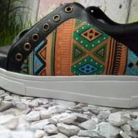 Jual VRQ Sepatu Wanita Boots Toraja SBO318 Murah