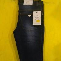 Celana Jeans Pendek Wanita 01