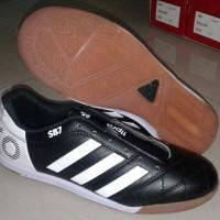 sepatu futsal adidas 11 pro GRATISONGKIR