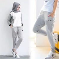Celana olahraga Nike Wanita Muslimah