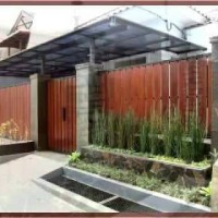 Pagar rumah minimalis motif kayu