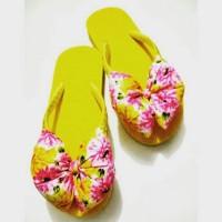 Jual sandal pita bunga kuning Murah