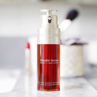 Clarins Double Serum Global Anti Aging . 30ml (CP 1.200) .