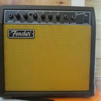 Ampli Gitar Fender Frontman 15G Lokal