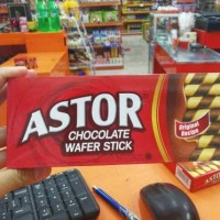 ASTOR WAFER STICK BOX 120GR COKLAT / CHOCOLATE WAFER STIK