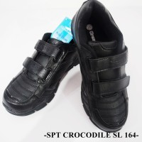 Sepatu Full Black Fashion Keren Merk Crocodile Model SL - 164