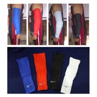 Armsleeve Padded Nike / Armpad Nike / Sleeve Tangan Busa / Support