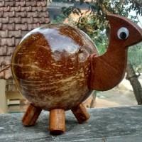 Celengan batok kelapa motif Kambing