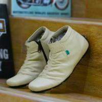 Jual sepatu casual kickers slip on pria slop murah semi boots kulit suede Murah